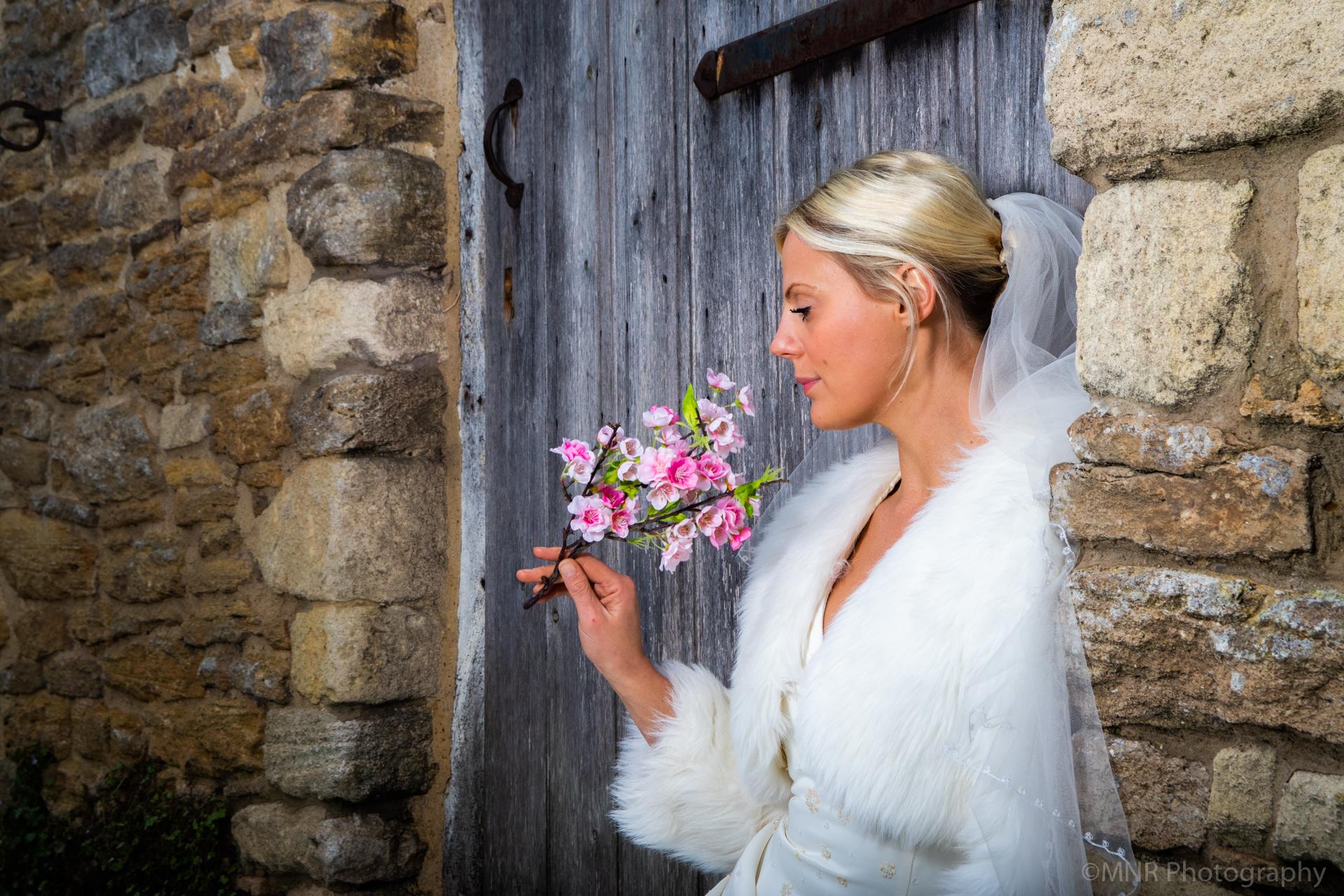 Bride flowers sitting barn door